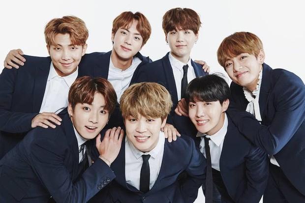 Top nhân vật rung chuyển ngành công nghiệp âm nhạc Hàn: BTS vượt EXO, TWICE bỏ xa Black Pink, bất ngờ nhất là Wanna One - Ảnh 6.