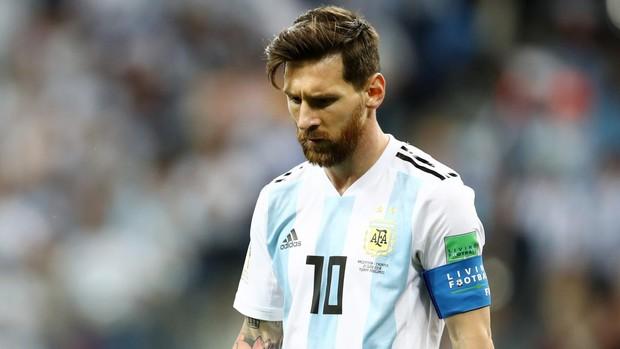 Antonella chúc mừng sinh nhật Messi: Cảm ơn anh đã khiến em trở thành người phụ nữ hạnh phúc nhất thế gian - Ảnh 1.
