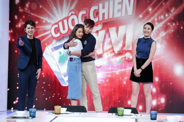 Khả Ngân khoe tửu lượng, đóng cảnh say rượu, nũng nịu Jun Phạm trên sóng truyền hình - Ảnh 5.