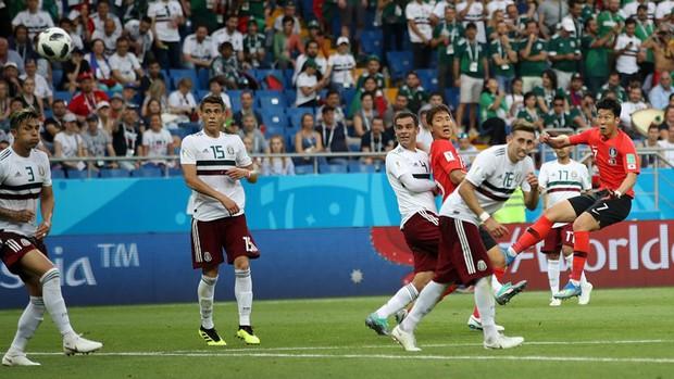 Hàn Quốc đã ghi dấu ấn với lối chơi nhiệt huyết, chiến đấu đến cùng ở World Cup 2018 - Ảnh 3.