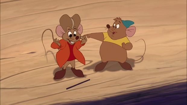 9 trợ thủ động vật nhỏ nhưng có võ thuộc dàn hậu cung Disney - Ảnh 12.