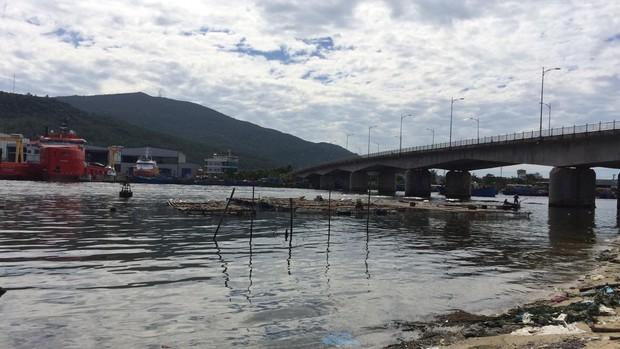 Vụ giết người rồi trói xác vứt xuống sông ở Đà Nẵng: Nạn nhân rất tốt bụng, từng là ân nhân của vợ chồng nghi phạm - Ảnh 2.