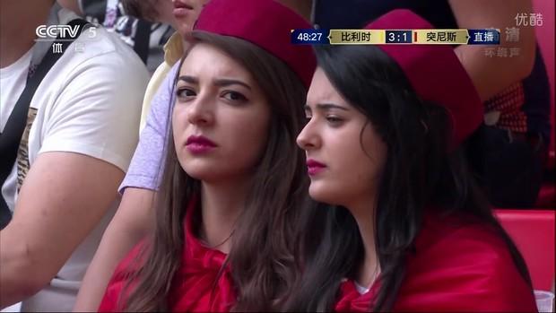 MXH tràn ngập hình ảnh của những nữ cổ động viên xinh đẹp trên khắp khán đài World Cup - Ảnh 4.