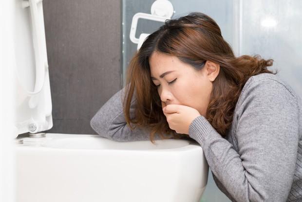Nhịn ăn bất chấp để giảm cân, bạn không ngờ mình có thể gặp phải những tác hại xấu này - Ảnh 1.
