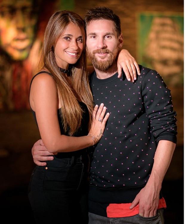 Antonella chúc mừng sinh nhật Messi: Cảm ơn anh đã khiến em trở thành người phụ nữ hạnh phúc nhất thế gian - Ảnh 2.
