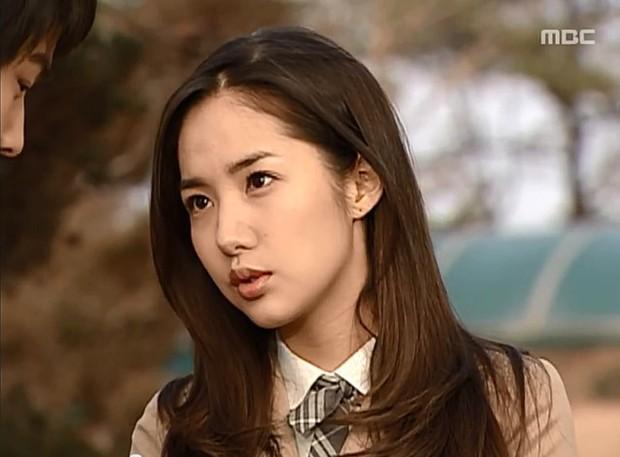 Đây là điểm chung đáng sợ giữa 4 nữ chính nổi tiếng của Phó Chủ tịch Park Seo Joon - Ảnh 9.