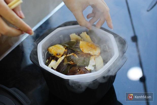 Xuất hiện loại lẩu ăn liền không cần nước nóng cũng tự sôi dành cho hội lười - Ảnh 7.