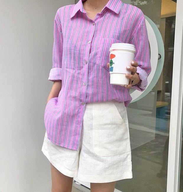 Quần shorts vải nhẹ tênh nhìn đơn giản mà diện được đủ kiểu, từ trẻ trung năng động đến bánh bèo điệu đà - Ảnh 7.