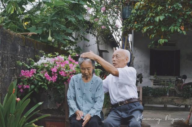 Hoá ra tuổi tác chẳng ảnh hưởng gì đến sự lãng mạn cả, ông bà ta vẫn tình như cái bình thế này mà! - Ảnh 5.