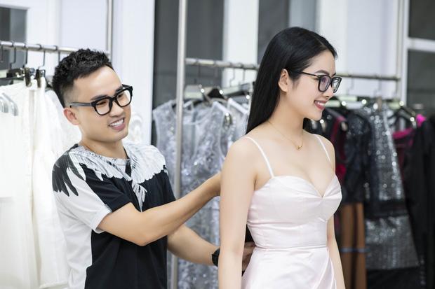 Á hậu Tú Anh ngày càng đẹp trước đám cưới, cùng Đỗ Mỹ Linh và dàn Hoa hậu tới thử đồ cho show của NTK Hà Duy - Ảnh 11.