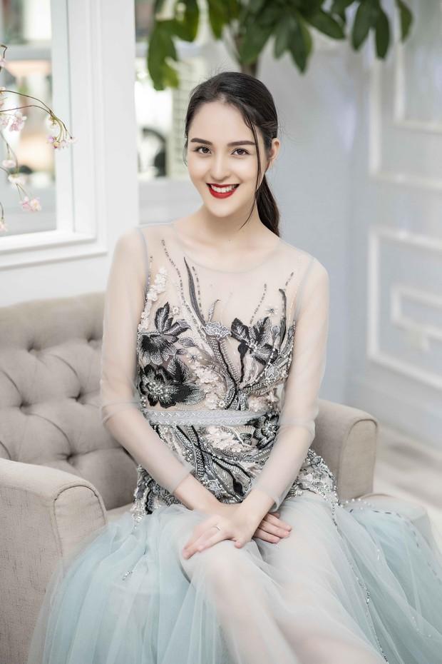 Á hậu Tú Anh ngày càng đẹp trước đám cưới, cùng Đỗ Mỹ Linh và dàn Hoa hậu tới thử đồ cho show của NTK Hà Duy - Ảnh 5.