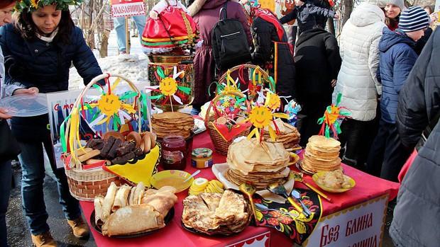 Nước Nga có một loại bánh nhìn quen mắt nhưng rất lạ và hấp dẫn với vô vàn loại nhân - Ảnh 3.