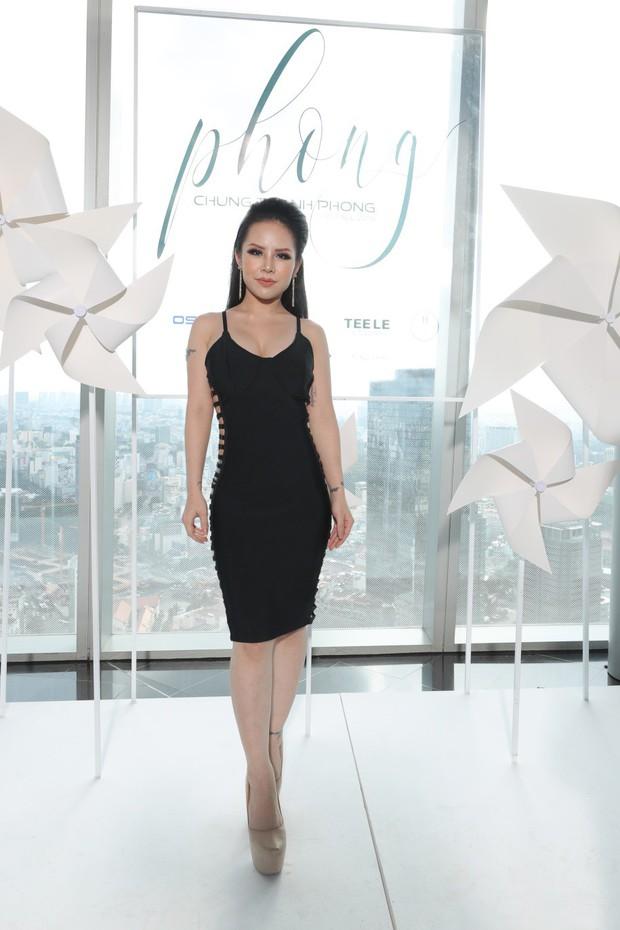 Giám Đốc Oshirma Cao Thiên Nhi đẹp cuốn hút trong sự kiện Fashion Show - Ảnh 1.