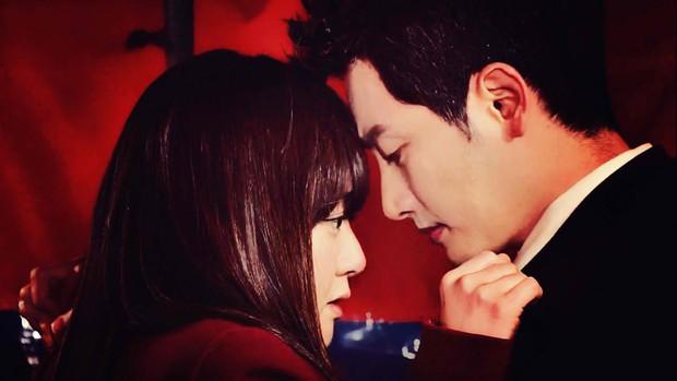 10 cặp đôi hoàng tử - lọ lem khiến dân tình điêu đứng nhất màn ảnh xứ Hàn (Phần cuối) - Ảnh 10.
