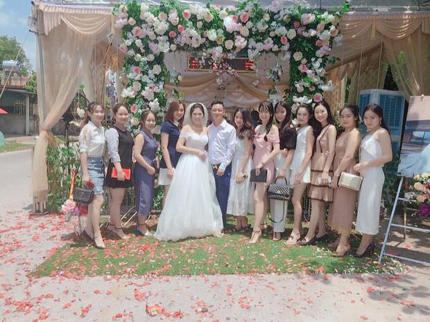 Hội chị em ninja mặc full giáp kéo nhau đi ăn cưới khiến cư dân mạng chỉ nhìn cũng vã mồ hôi - Ảnh 3.