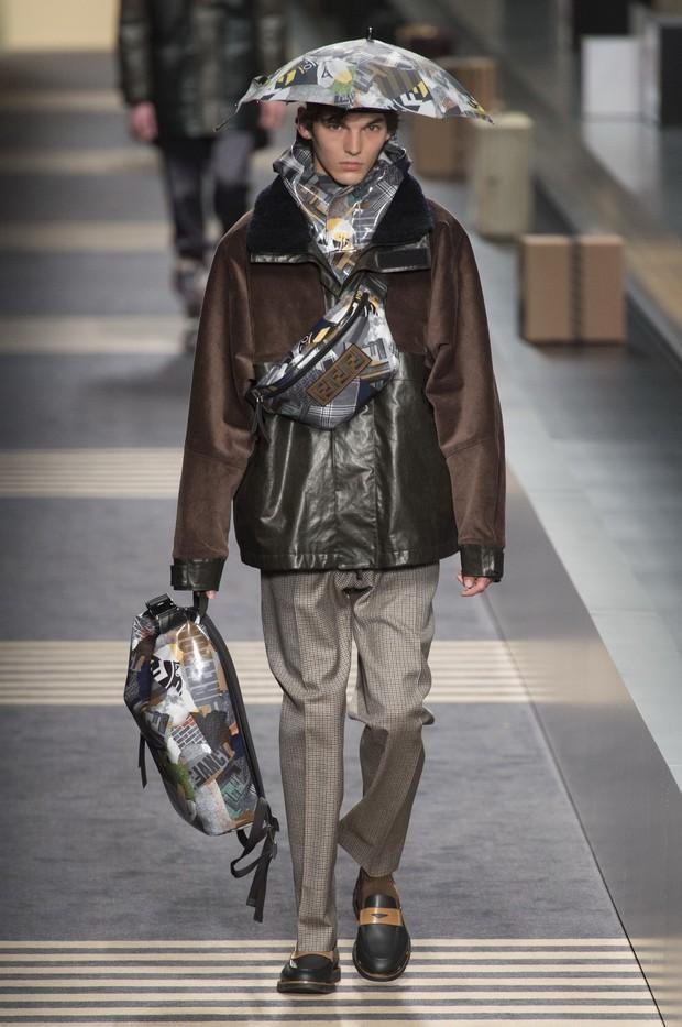 Mũ ô giá 9 triệu đồng của Fendi: Khi mưa quá buồn mà mình vẫn phải cool - Ảnh 4.