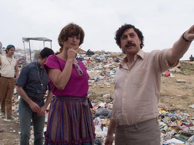 Loving Pablo: Nữ chính chưa kịp yêu ông trùm ma túy thì đã phải chạy loạn mất dép - Ảnh 2.