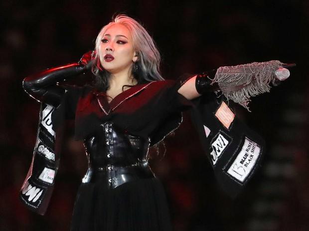 Thích bình luận fan kêu gọi rời YG, phải chăng CL đang muốn ra đi? - Ảnh 2.