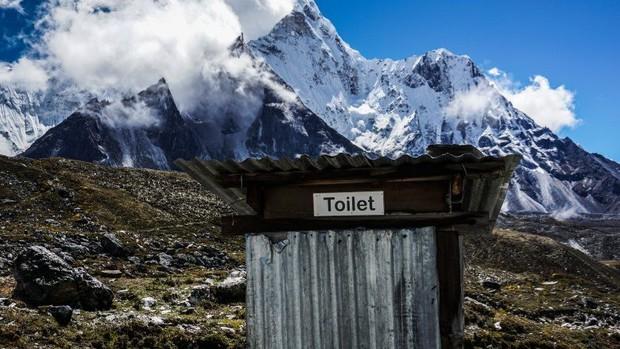Những điều kỳ dị trên đỉnh Everest mà bạn sẽ không thể ngờ tới - Ảnh 3.