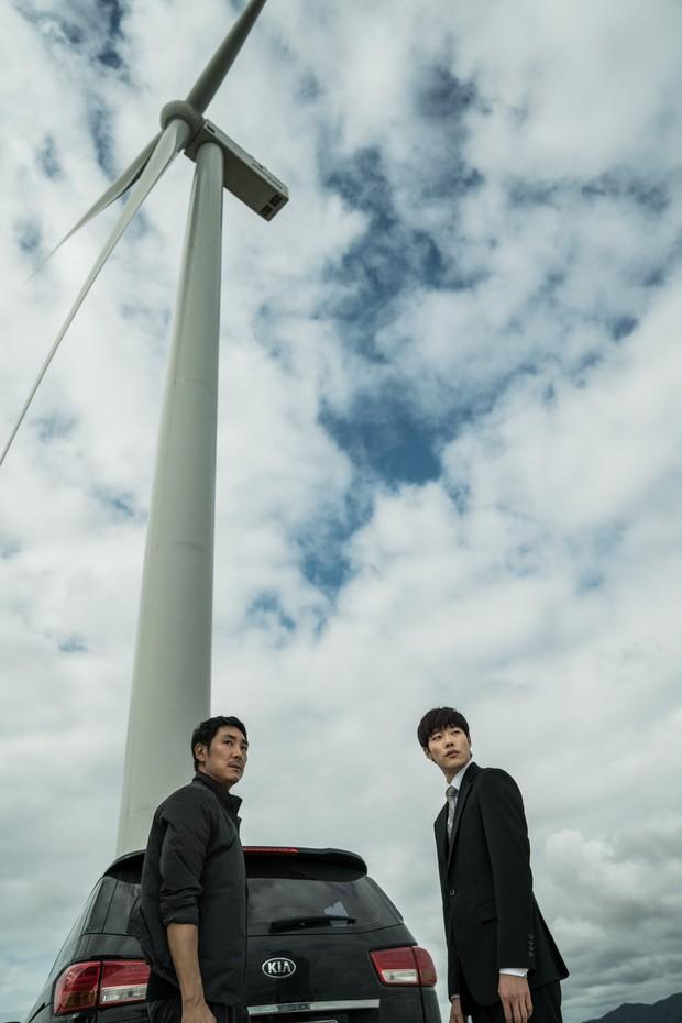 Bom tấn Believer trở thành phim Hàn hot nhất từ đầu năm đến nay - Ảnh 2.