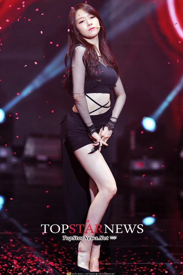 2 mỹ nhân Kbiz từng hẹn hò Son Heung Min đào hoa: Đẹp ngây thơ, body nóng bỏng ngạt thở nhưng đều có chung kết cục - Ảnh 10.