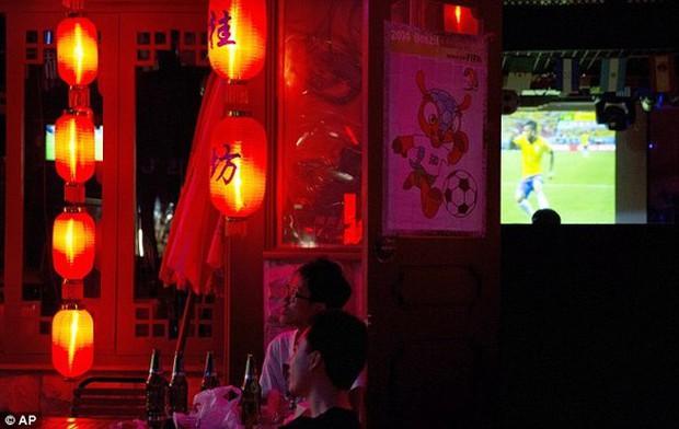 Trung Quốc: Nam thanh niên đột tử vì thức nhiều đêm liền xem World Cup - Ảnh 1.