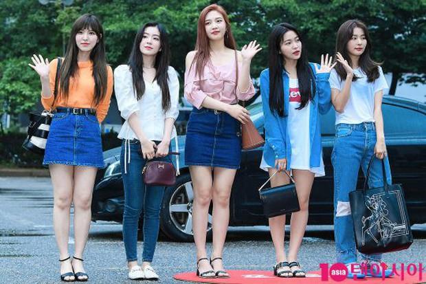 Quân đoàn trai xinh gái đẹp Kpop cùng đổ bộ: 2 nữ thần Red Velvet đọ với dàn nữ tân binh nhà Cube, G-Friend lép vế - Ảnh 10.
