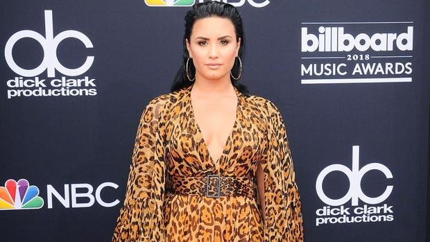Demi Lovato bị tố có hành vi tấn công tình dục khi thuê người sàm sỡ vùng kín nam vệ sĩ - Ảnh 1.