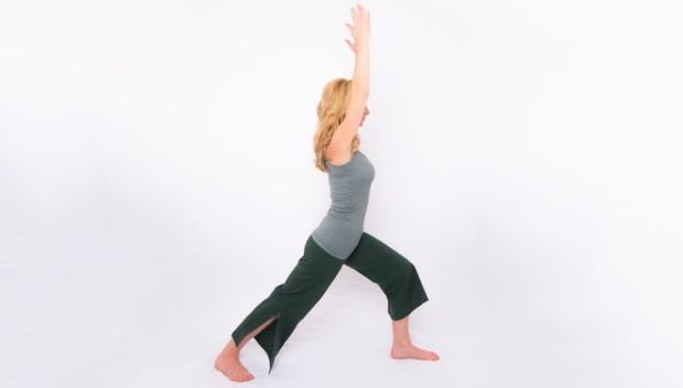 Mỗi ngày bỏ ra 7 phút, chẳng sợ stress với các động tác yoga này - Ảnh 3.