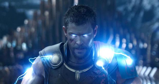 Thần Sấm Thor Chris Hemsworth cảnh báo Avengers 4 sẽ còn sốc hơn cả Infinity War - Ảnh 1.