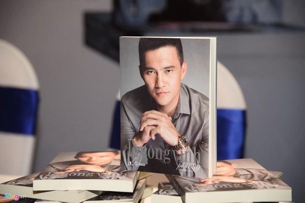 BLV Quang Huy: Viết tự truyện phản cảm, Công Vinh khó có cửa quay lại bóng đá - Ảnh 1.