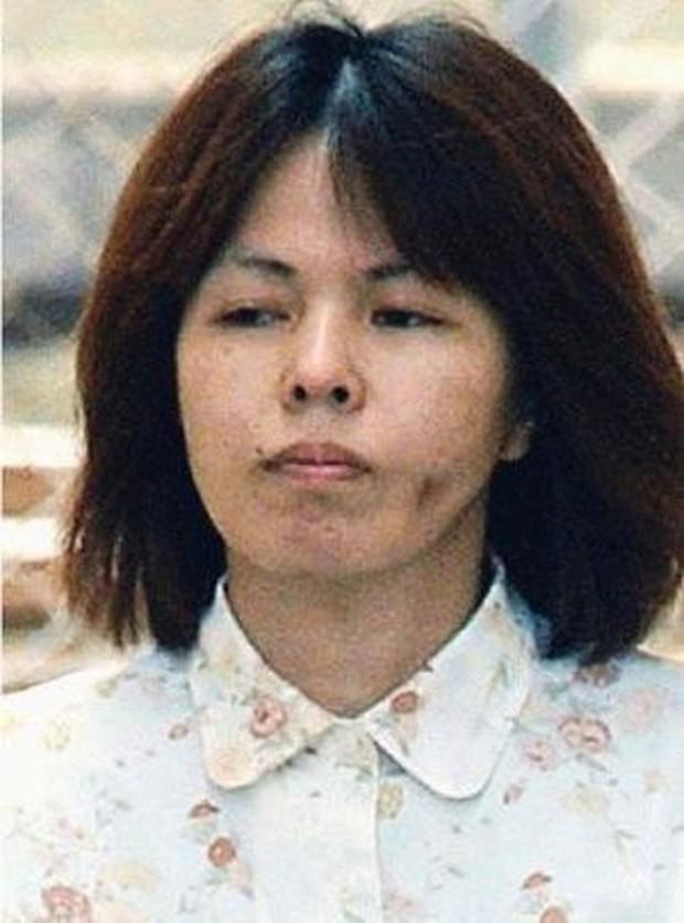"""Vụ án """"tẩy não"""" kinh động Nhật Bản: Dụ dỗ người tình lừa đảo, tiếp tay giết người rồi khiến cả gia đình tàn sát lẫn nhau dã man - Ảnh 1."""