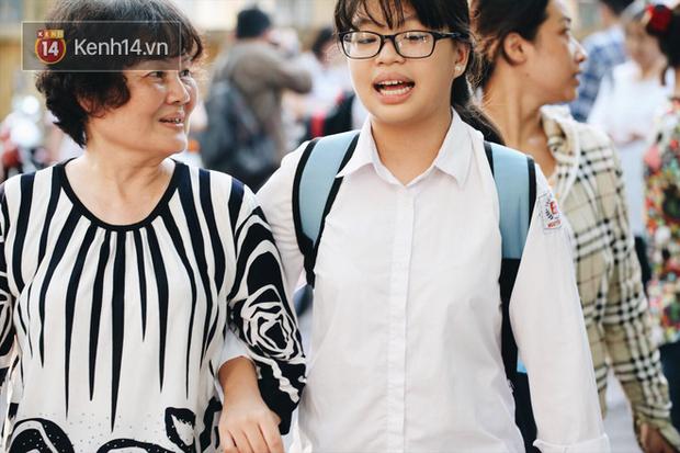 Đáp án đề thi môn Toán tuyển sinh vào lớp 10 tại Hà Nội năm học 2018 - 2019 - Ảnh 9.