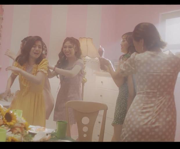 Hoàng Yến Chibi mời lại dàn diễn viên Tháng năm rực rỡ tham gia vào MV mới - Ảnh 3.