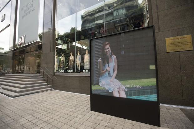 Trở thành gương mặt đại diện cho BST Hè, Đông Nhi được H&M Việt Nam trưng ảnh khắp store và mác áo quần - Ảnh 2.