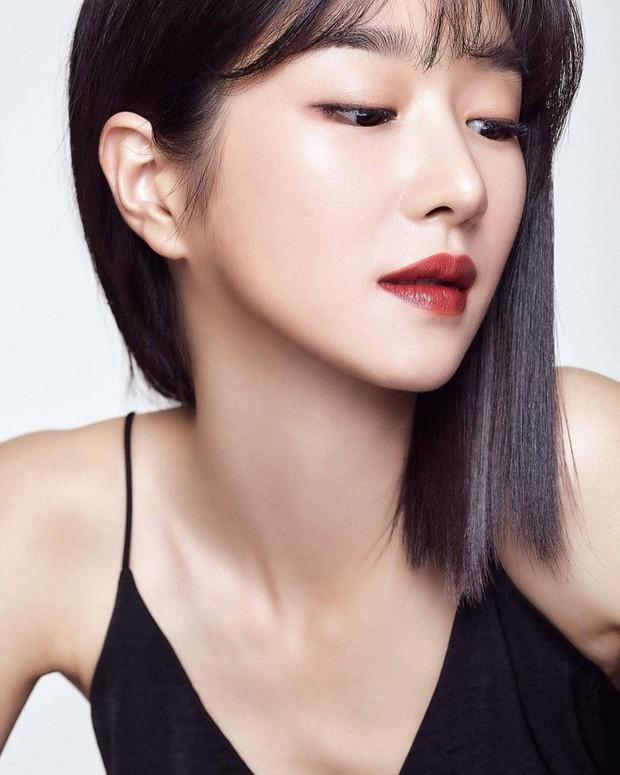 Sao Hàn để tóc bob dài: người trẻ ra vài tuổi, người lại sang chảnh ngút trời - Ảnh 11.
