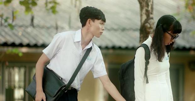 Không phải Mai Tài Phến và các vệ tinh, cặp đôi đáng yêu nhất trong Em Gái Mưa chính là Trang Hý và Hồng Thanh! - Ảnh 3.