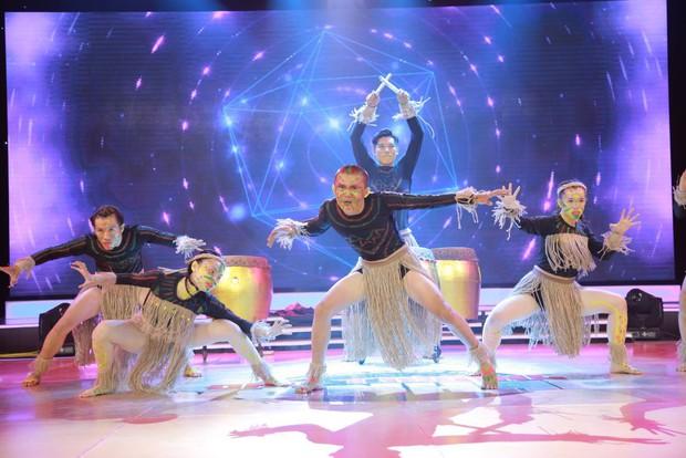 Đánh võ trên nền hit Lạc trôi (Sơn Tùng M-TP), nhóm thí sinh giành luôn vị trí đầu bảng - Ảnh 10.