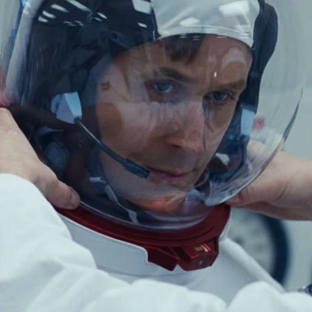 Trai đẹp Ryan Gosling chinh phục mặt trăng trong phim tiểu sử First Man - Ảnh 6.