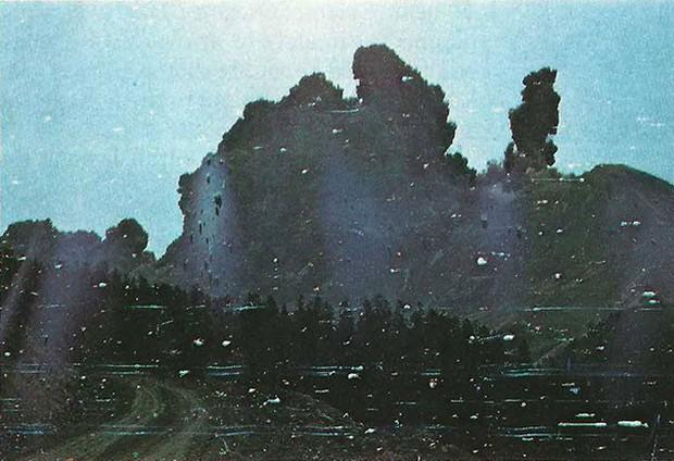 Những bức ảnh thoạt nhìn thì bình thường nhưng lại là khoảnh khắc trước khi thảm kịch xảy ra - Ảnh 1.