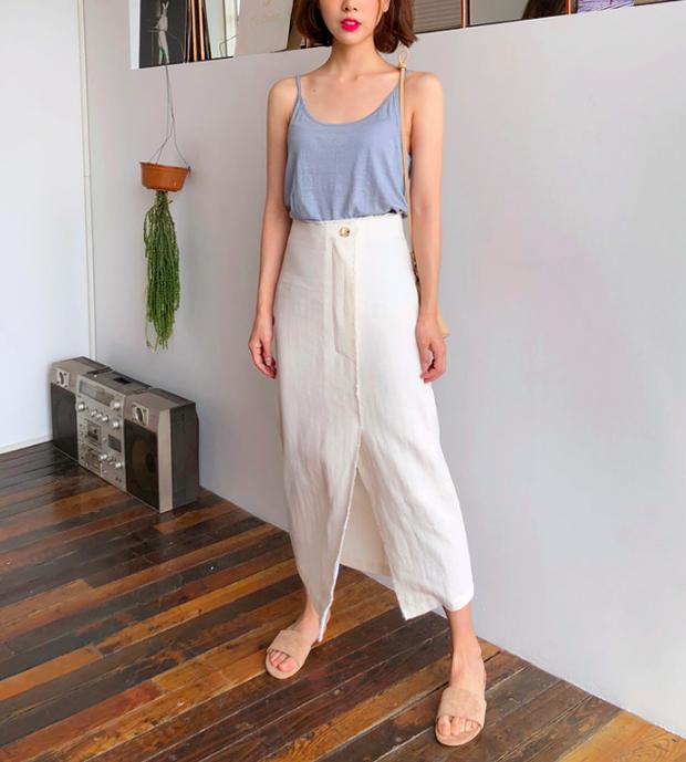 Combo áo hai dây + chân váy midi: vừa xinh vừa điệu, lại siêu mát để nàng tha hồ dạo phố cuối tuần - Ảnh 10.
