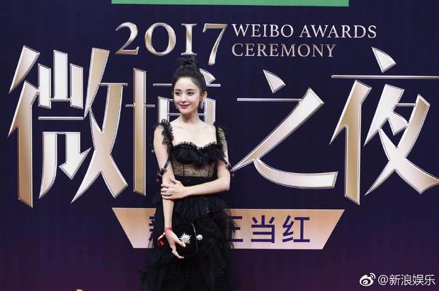 Không phải Angela Baby hay Dương Mịch, đây mới là mỹ nhân khiến netizen xao xuyến nhiều ngày qua - Ảnh 1.