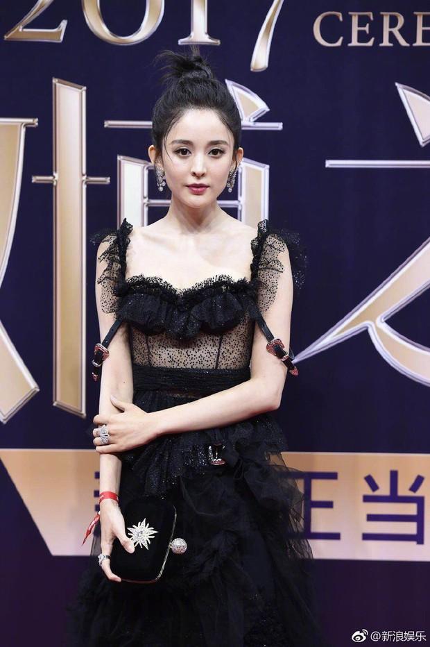 Không phải Angela Baby hay Dương Mịch, đây mới là mỹ nhân khiến netizen xao xuyến nhiều ngày qua - Ảnh 3.