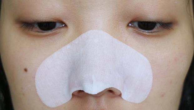 Hội con gái Hàn chỉ tin dùng 5 sản phẩm này để trị sạch đám mụn đầu đen xấu xí - Ảnh 6.