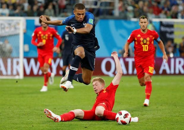Mbappe lại lăn lộn ăn vạ giống Neymar trong trận Pháp - Bỉ - Ảnh 9.