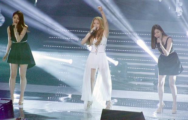 6 năm sau màn song ca cùng Hồ Quỳnh Hương, Davichi bất ngờ cover lại Hoang mang khiến fan thổn thức - Ảnh 4.