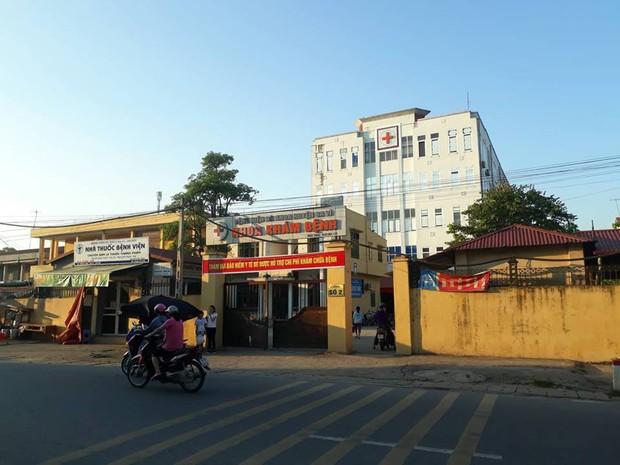 Vụ bệnh viện trao nhầm con ở Hà Nội vào 6 năm trước: Giờ thì cháu nào cũng là cháu, kể cả khi trao trả lại thì 2 đứa vẫn là con cháu trong nhà - Ảnh 1.