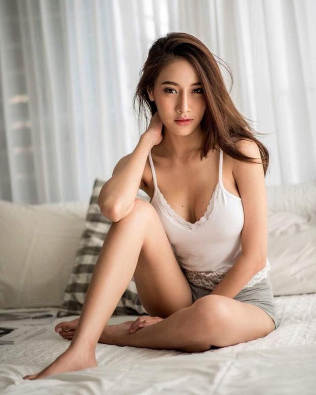 Mỹ nhân Thái khiến cộng đồng mạng đứng hình vì khuôn mặt thiên thần và thân hình nóng bỏng - Ảnh 6.