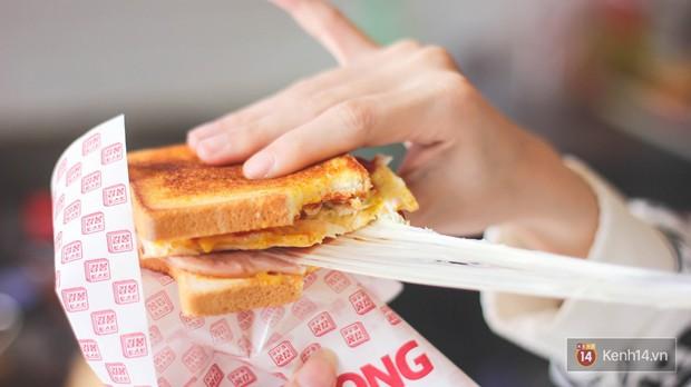Những món ăn kéo mãi không hết ở Sài Gòn nhờ lớp phô mai béo ngậy khiến con tim tan chảy - Ảnh 4.