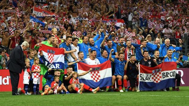Hãy ngả mũ thán phục đội tuyển Croatia! Góp mặt ở chung kết World Cup 2018 sau 3 trận liên tiếp phải đấu thêm hiệp phụ - Ảnh 10.